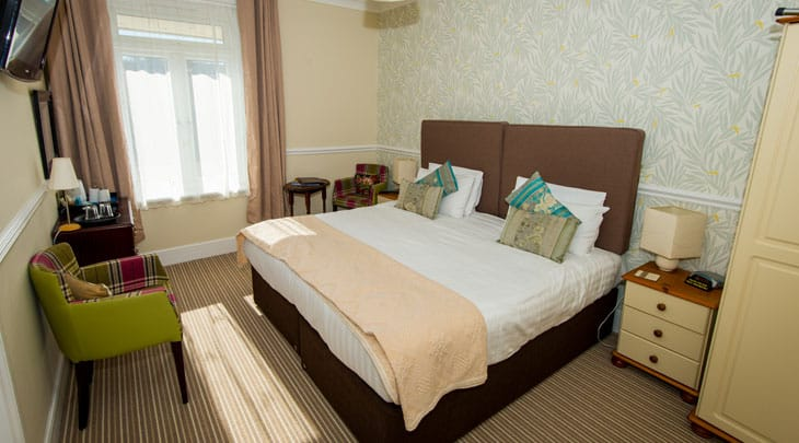 The Clifton guest accommodation hotel bedroom
