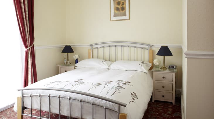 The Clifton hotel guest accommodation bedroom