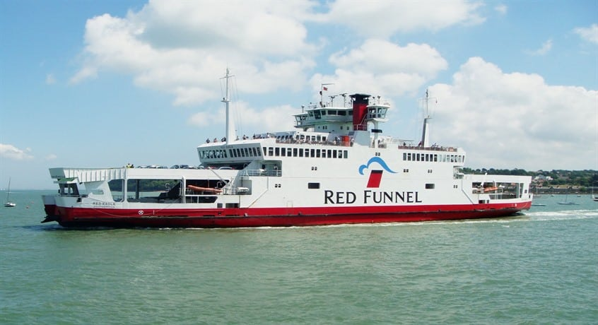 Red-Eagle-leaving-Cowes